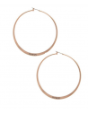 Outlet- GUESS náušnice Rode Gold-Tone Large Logo Hoop Earrings