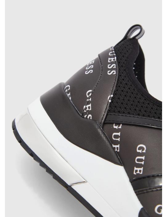 GUESS tenisky Jori Mesh Knit Sneakers...